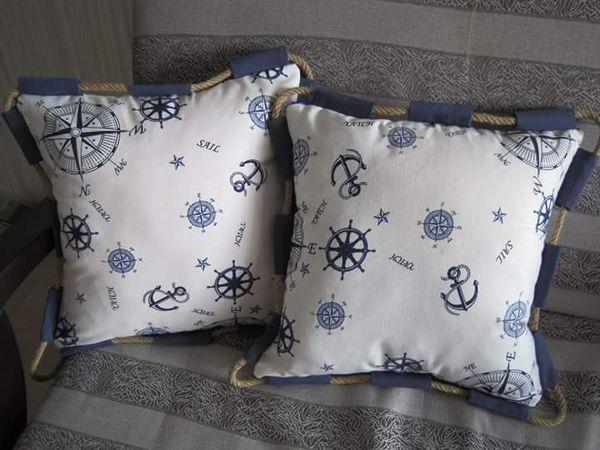 Декоративные подушки в морском стиле