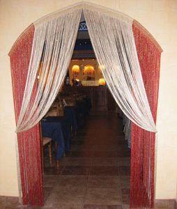 шторы нити для оформления дверного проема